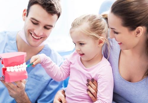 Kako pripremiti dijete za prvi odlazak stomatologu?